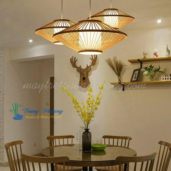 Đèn tre trang trí hình đĩa bay trang trí bàn ăn