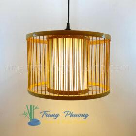 Đèn thả tre mẫu đèn trụ trong có ống vải