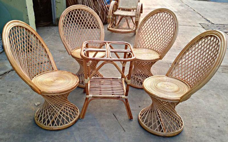 Một trong số những mẫu bàn ghế mây tre